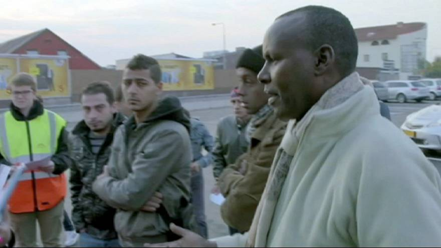Швеция намерена выслать на родину 80 тысяч нелегалов