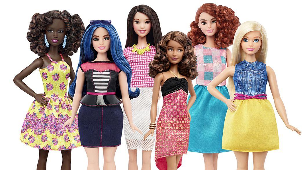 """Las revolucionarias """"curvas"""" de Barbie"""