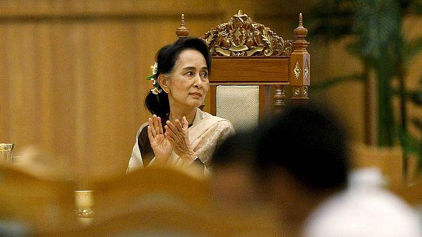 ميانمار: مسيرة نضال أونغ سان سوتشي تستمر في البرلمان الجديد
