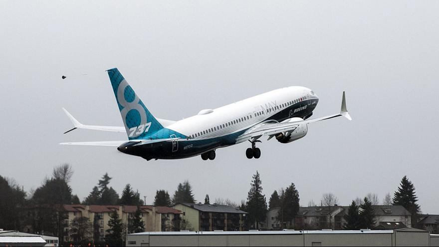 Novo Boeing 737 Max faz voo inaugural