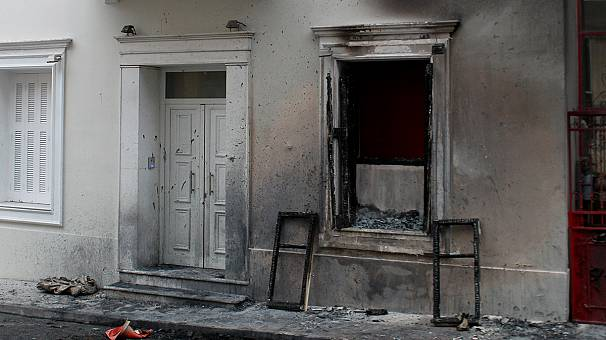 Petrol bombs thrown outside Greek minister?s house