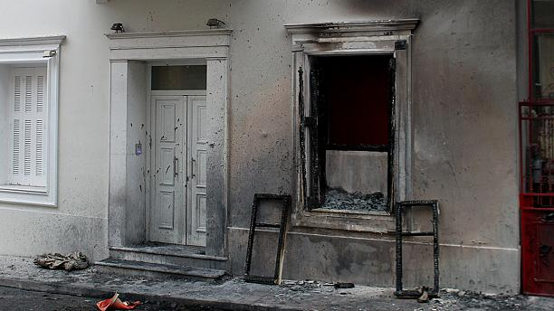Petrol bombs thrown outside Greek minister's house