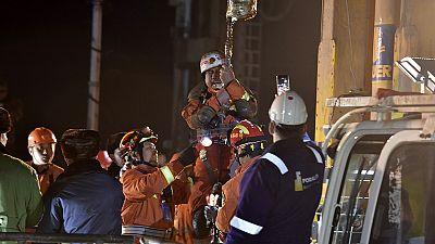 Rescatados después de pasar 36 días a 200 metros de profundidad