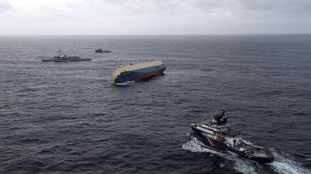Rettung gescheitert: Das Frachtschiff Modern Express treibt weiter manövrierunfähig in der Biskaya