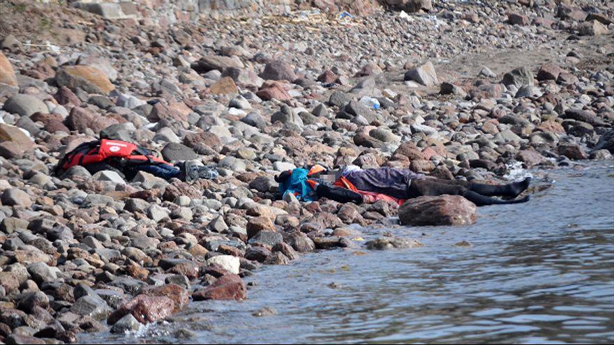 غرق اكثر من 40 شخصاً في ايجه وتركيا تعتقل متهماً بتهريب البشر