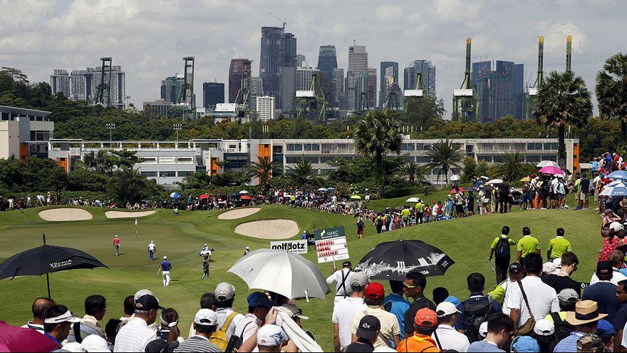 Golf: China's Liang Wen-chong leads in Singapore Open