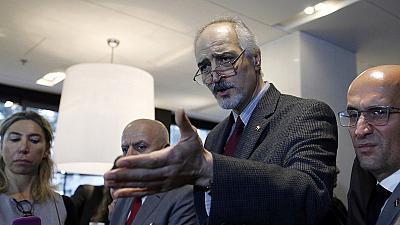 Primera reunión de cortesía entre el mediador de la ONU para Siria y la oposición