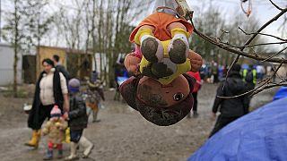 Eltűnt 10 ezer menekült gyerek Európában