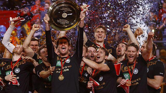 Wahnsinn! Junges deutsches Handball-Team ist Europameister