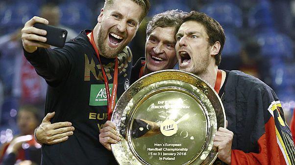 Deutsche Handballer holen EM-Titel - Finalsieg gegen Spanien