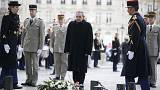 Cuba: Raul Castro on state visit to Paris