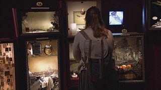 """""""متحف البراءة""""، قصة حب مستحيلة تتغني بإسطنبول في السبعينات"""