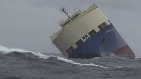 Stricken cargo ship heads for French coast