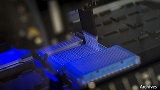 چراغ سبز به دانشمندان بریتانیایی برای اصلاح ژن انسان