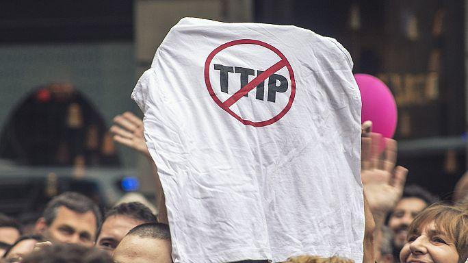 Deutsche Abgeordnete dürfen geheime TTIP-Papiere einsehen