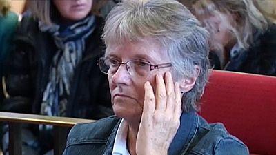Hollande indulta a la mujer condenada que mató a su marido tras 47 años de maltrato