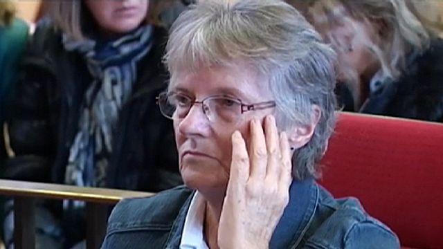 Президент Олланд помиловал женщину, убившую мужа-садиста