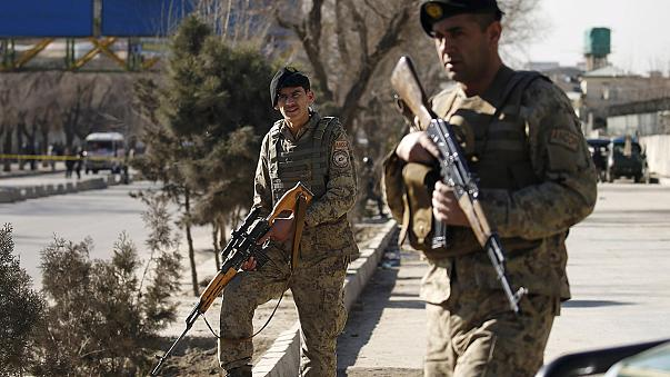Attentat suicide à Kaboul : 20 policiers tués