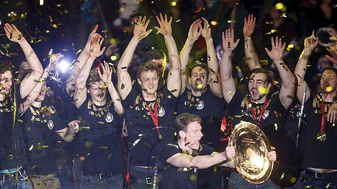 Les handballeurs allemands à la fête