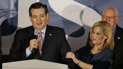 Primaires dans l'Iowa : Ted Cruz bat Trump, Hillary sur le fil du rasoir