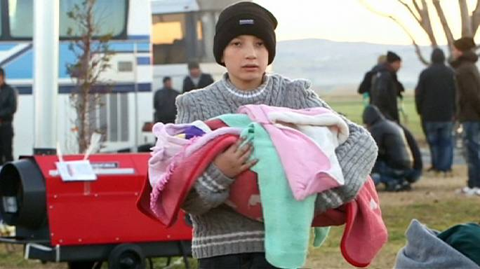 Migrants : les taxis macédoniens perturbent le passage de la frontière