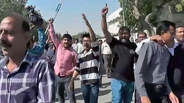Pakistan: Zwei Tote bei Protesten am Flughafen von Karachi