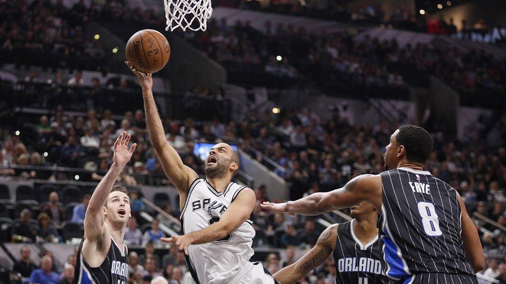 NBA: 26º successo casalingo consecutivo per gli Spurs, Magic battuti