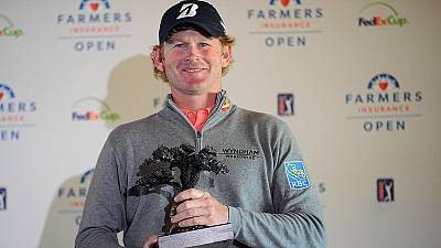 Snedeker wins weather-hit Farmers Insurance Open