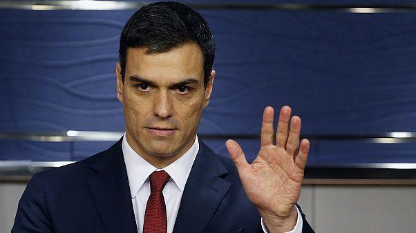 El rey Felipe VI encarga al socialista Pedro Sánchez intentar formar Gobierno