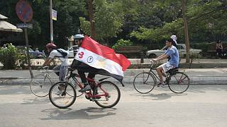 Egyptian cyclers riding their way out of traffic into health