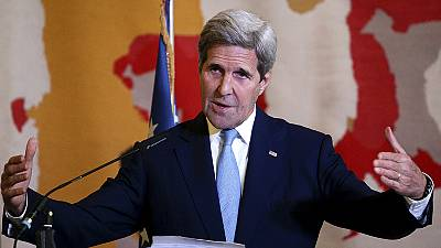 Anti-ISIL summit agrees to intensify attacks on Islamic extremists