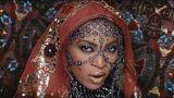 Coldplay e Beyoncé ao estilo Bollywood e Zayn Malik numa nova direção