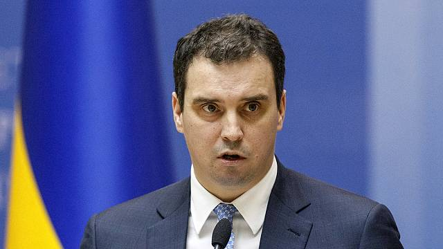 Украина: министр-легионер объявил об отставке