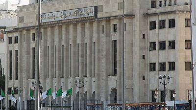 Algérie : le projet de révision de la Constitution pourrait être adopté