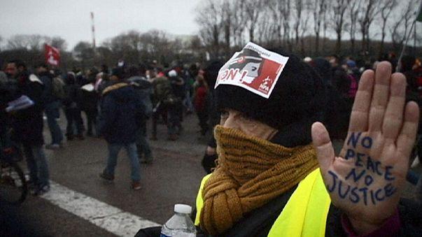 Fransa'nın Calais kentinde gösteri yasağı konuldu