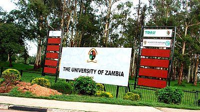 Deux universités fermées en Zambie
