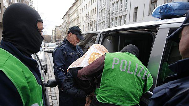 Berlin'e terörist saldırı planlayan zanlılar gözaltına alındı