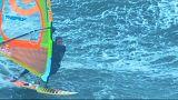 بولاكو اول شخص يركب الامواج باللوح الشراعي في نازاريه