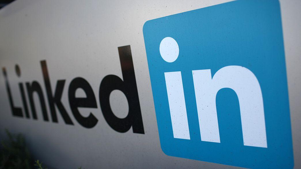 Previsões de resultados afundam ações LinkedIn