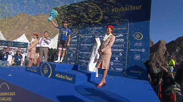 Nizzolo takes Dubai Tour lead as Lobato wins stage three