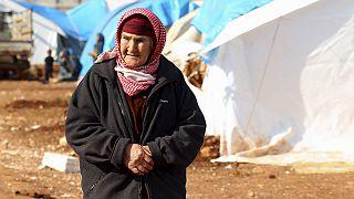 پیشروی ارتش سوریه در شمال حلب و هجوم ده ها هزار سوری به مرز ترکیه