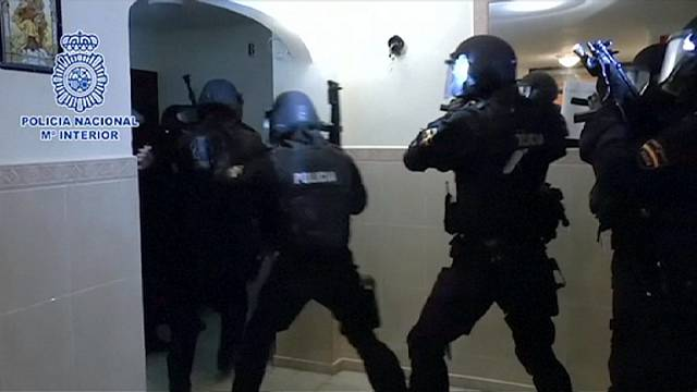 """Испанская полиция вскрыла """"джихадистскую ячейку"""""""