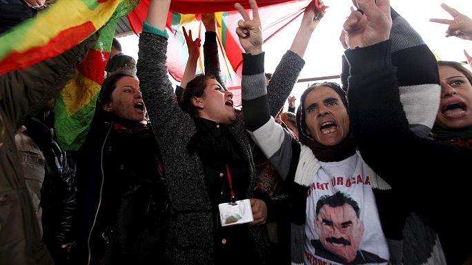 A török kormánypolitika ellen tüntettek kurdok az iraki Erbílben