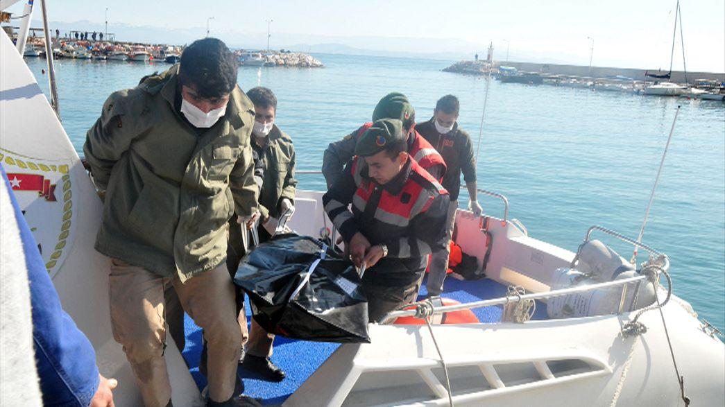 Tregedia migranti. Il mar Egeo inghiotte almeno 27 persone