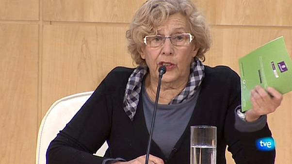 Carmena promete depurar responsabilidades en el 'caso de los titiriteros'