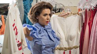 """Image: Alyssa Milano in a scene from """"Insatiable"""""""