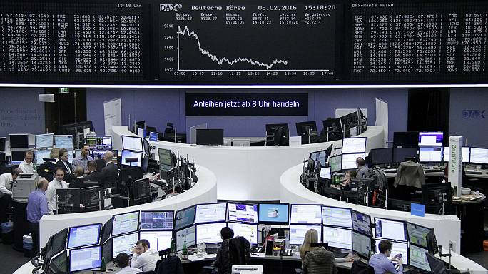 Avrupa borsaları haftanın ilk gününe kayıpla başladı