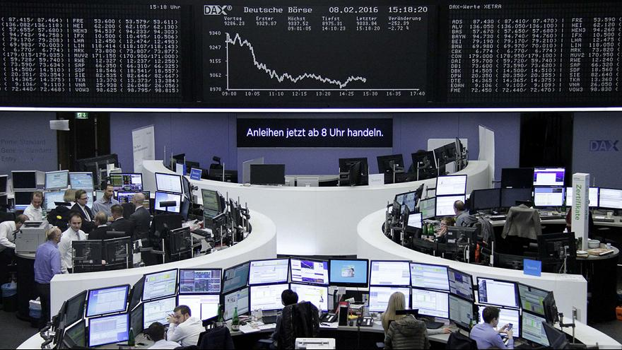 Les bourses européennes plongent face aux craintes liées à la croissance mondiale