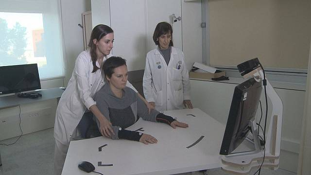 A virtual reality game to help stroke patients