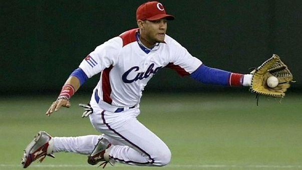 Cuba pierde a dos perlas del béisbol